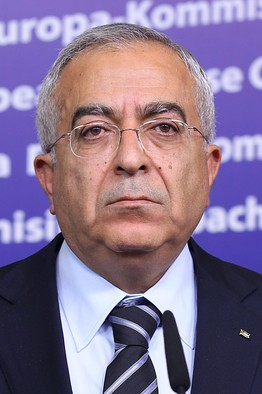 Salam Fayyad at a press conference in Brussels, April 2011.