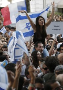 People demonstrate to support Israel's military action in the Gaza strip, near Israel's embassy in Paris, July 31, 2014. | Christian Hartmann/Reuters
