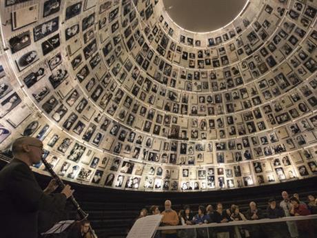 holocaust-concert2